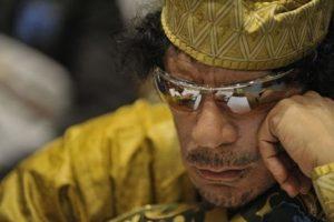 800px_Muammar_al_Gaddafi_2C_12